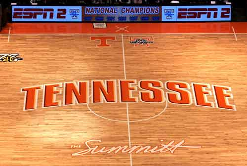 https://i2.wp.com/www.secsportsfan.com/images/tennessee_vols_basketball_court.jpg