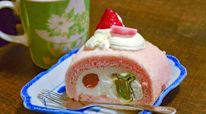 【ケーキ】グラマシーニューヨークの櫻ロールケーキ  で春を味覚で先取り。