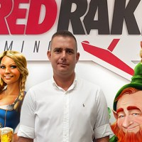 Red Rake firma con Golden Palace
