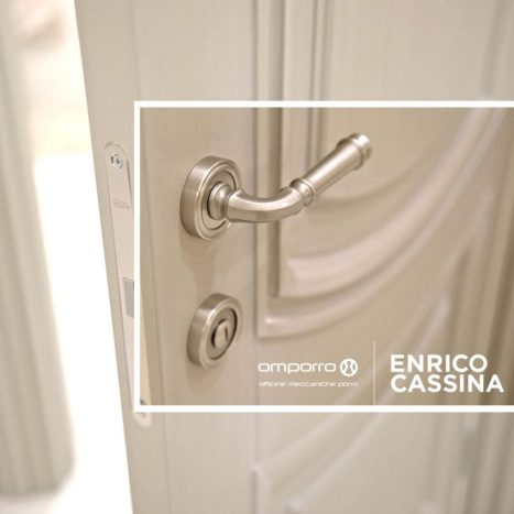 Simple and stylish - brushed steel finish contemporary door handle