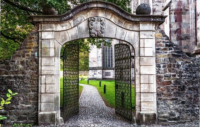 Pourquoi devriez-vous automatiser les portails de votre maison de vacances?