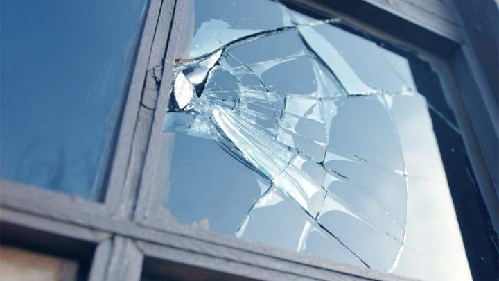 Installation de verre anti-effraction: est-ce réellement efficace pour sécuriser votre domicile?