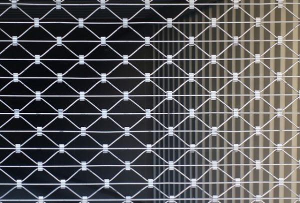 Combien coûte le dépannage d'un rideau métallique ?