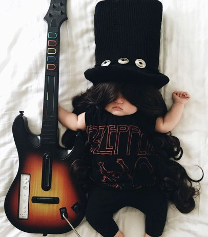 sleeping-baby-cosplay-joey-marie-laura-izumikawa-choi-36-57be926acc7d1__700