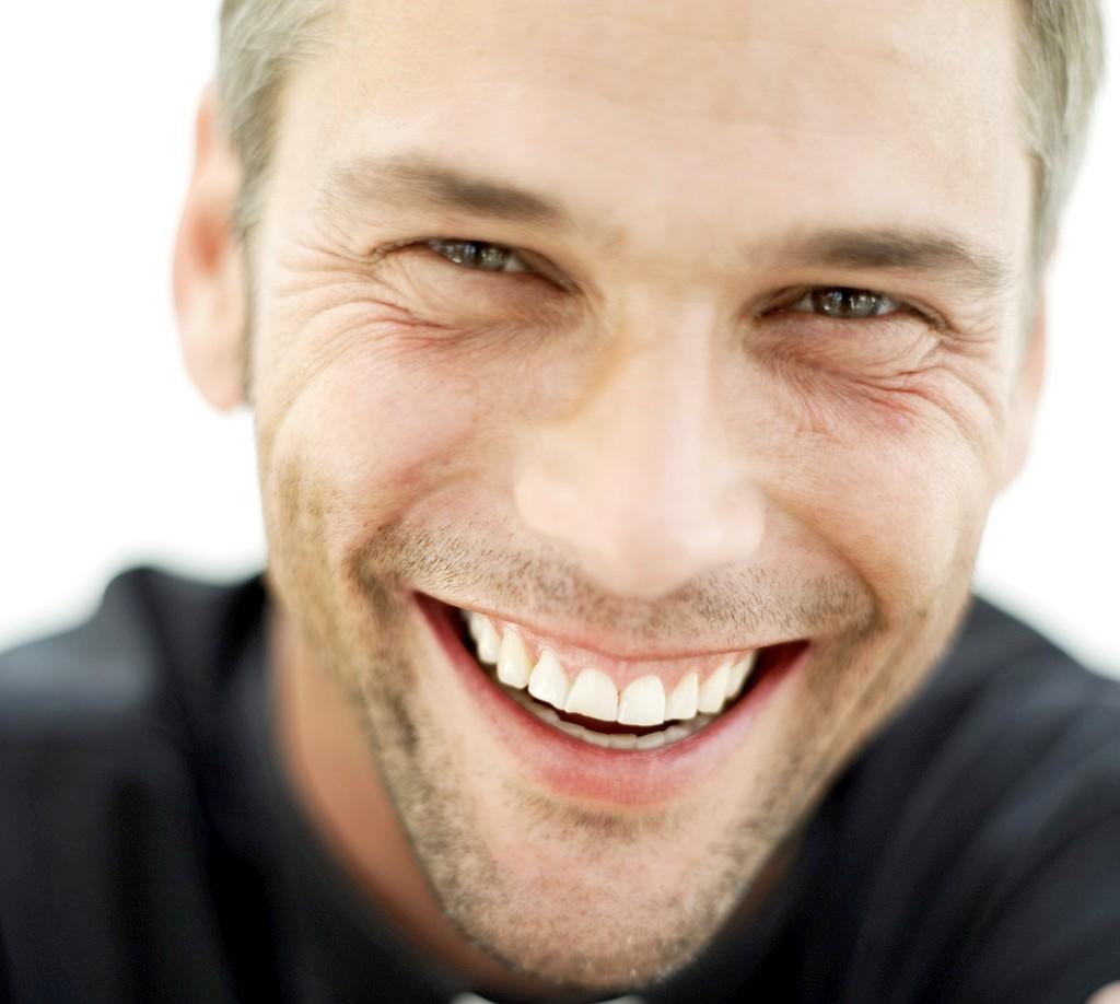 Savoir si un homme est s rieux ou pas les signes qui ne trompent pas - Comment rendre un homme heureux au lit ...