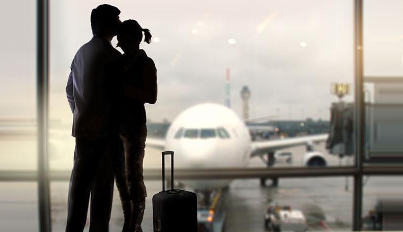 voyager seul faire des rencontres