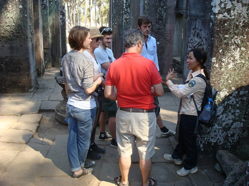 Angkor Wat Tour and golf in Cambodia