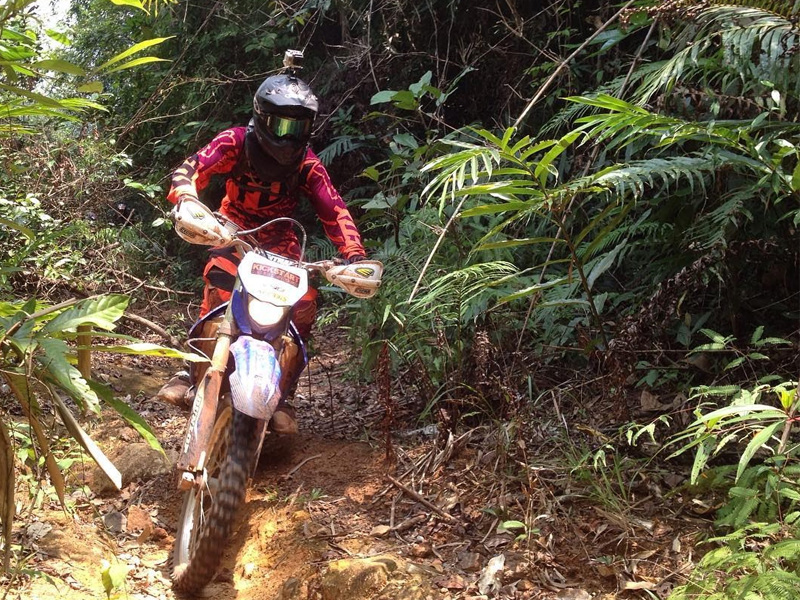 dirt bike tours in Cambodia