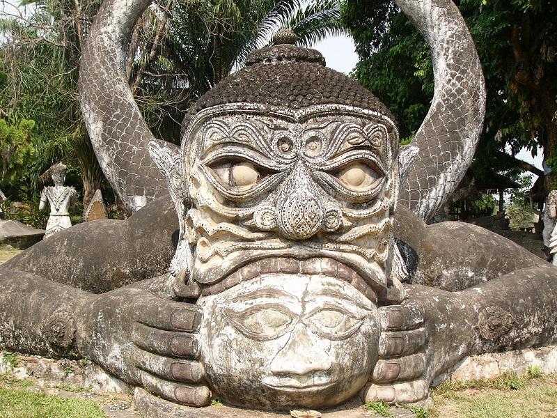 Vientiane Buddha park tour