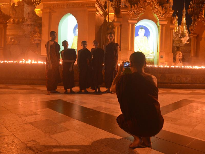Visit Pagodas in Myanmar