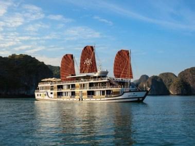 Vietnam-Holidays-Hotels-Junk-Boat-Cruise