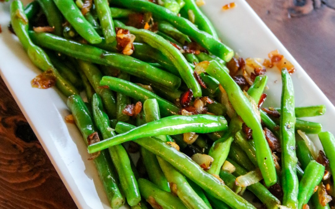 Fresh Green Beans with Bacon & Onion