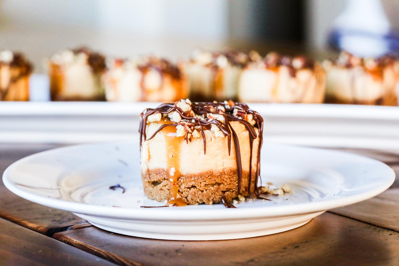 Mini Turtle Cheesecakes {Gluten Free Option}