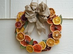 Make Your Own Dried Citrus Wreath