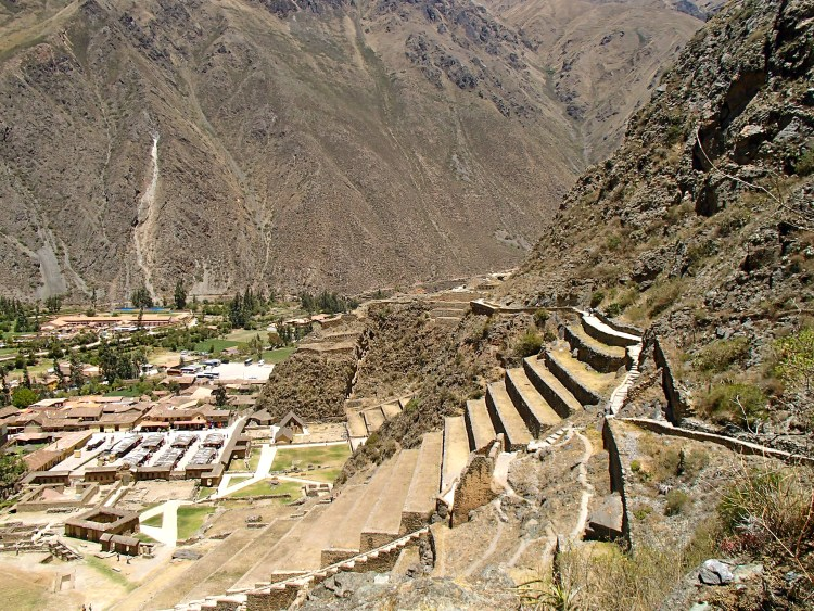 day trip Ollantaytambo ruins ollantaytambo to cusco travel blog