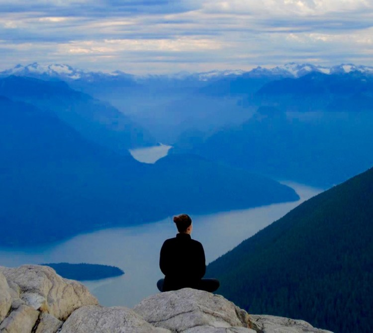 How to be safe when travelling solo top tips for security while travelling solo