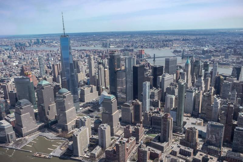 flying over the nyc skyline on a helicopter tour