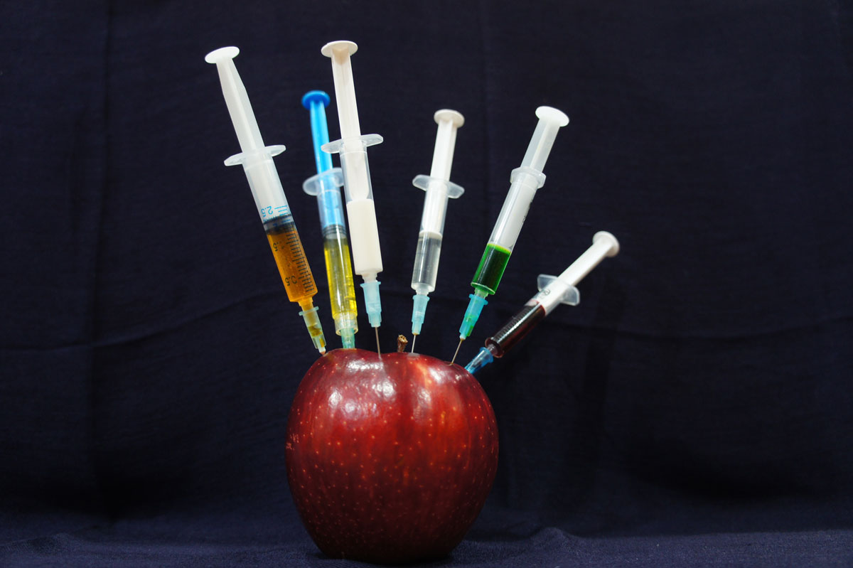 Injecting the apple with naughtiness