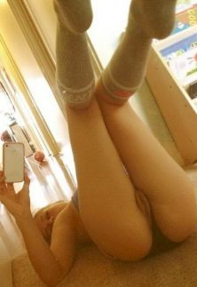 Watch My Pussy Selfies Amateur Pictures
