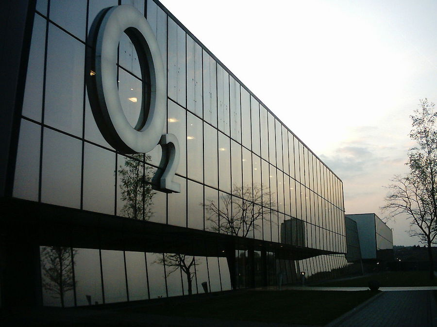 O2 offices off Dewsbury Road in Leeds, West Yorkshire, UK. Image: Mtaylor848