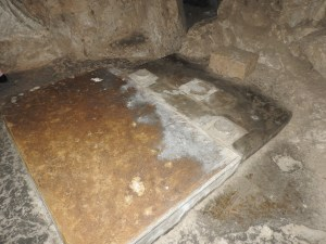 Altar location in cave church (© Gregory Jenks)