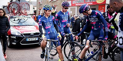 A bunch sprint decides the first stage of the Tour de Bretagne
