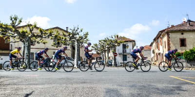 Williams keeps the yellow jersey safe with one day to go