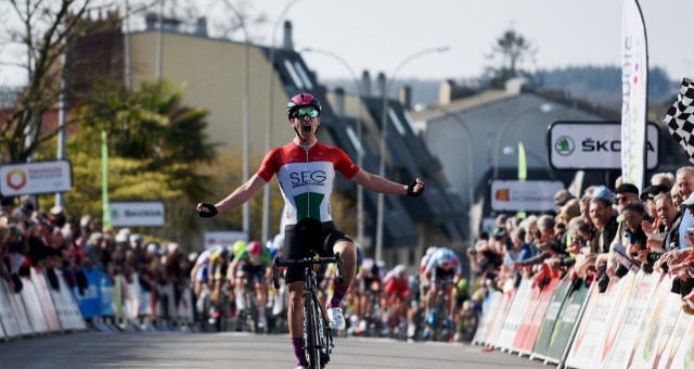 Peák powers to a solo win in Tour de Normandie