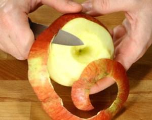 sbucciare la frutta - sbucciare-la-frutta
