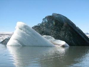 Il raro iceberg nero