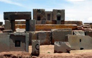 Teoria degli Antichi Astronauti su costruzioni megalitiche