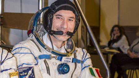 Parmitano, primo astronauta italiano a passeggio nello Spazio