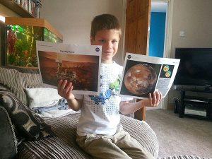 """Bimbo di 7 anni scrive alla NASA: """"voglio andare su Marte"""""""