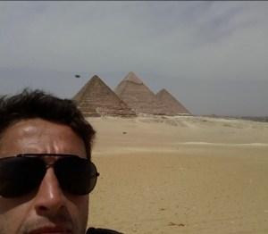 Egitto: avvistamento Ufo sopra le Piramidi