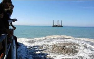 Fiumicino nuovo geyser: terza bocca del mini-vulcano questa volta in mare