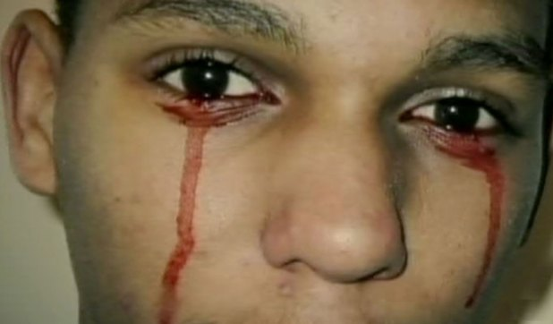 Calvino il ragazzo che piange lacrime di sangue