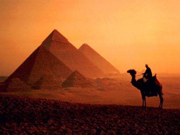 Ingegnere gallese presenta una nuova teoria sulla costruzione della antiche piramidi