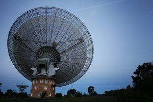 Misteriose onde radio provenienti dall'Universo