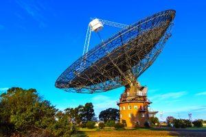 Il radiotelescopio di Parkes in Australia ha rilevato segnali extraterrestri