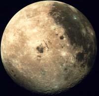 Europa se acerca a la Luna