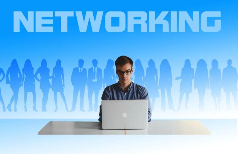 Seguros para jovenes Coworkers