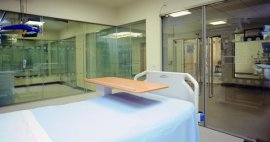 Conoce los beneficios del vidrio intercambiable en los hospitales