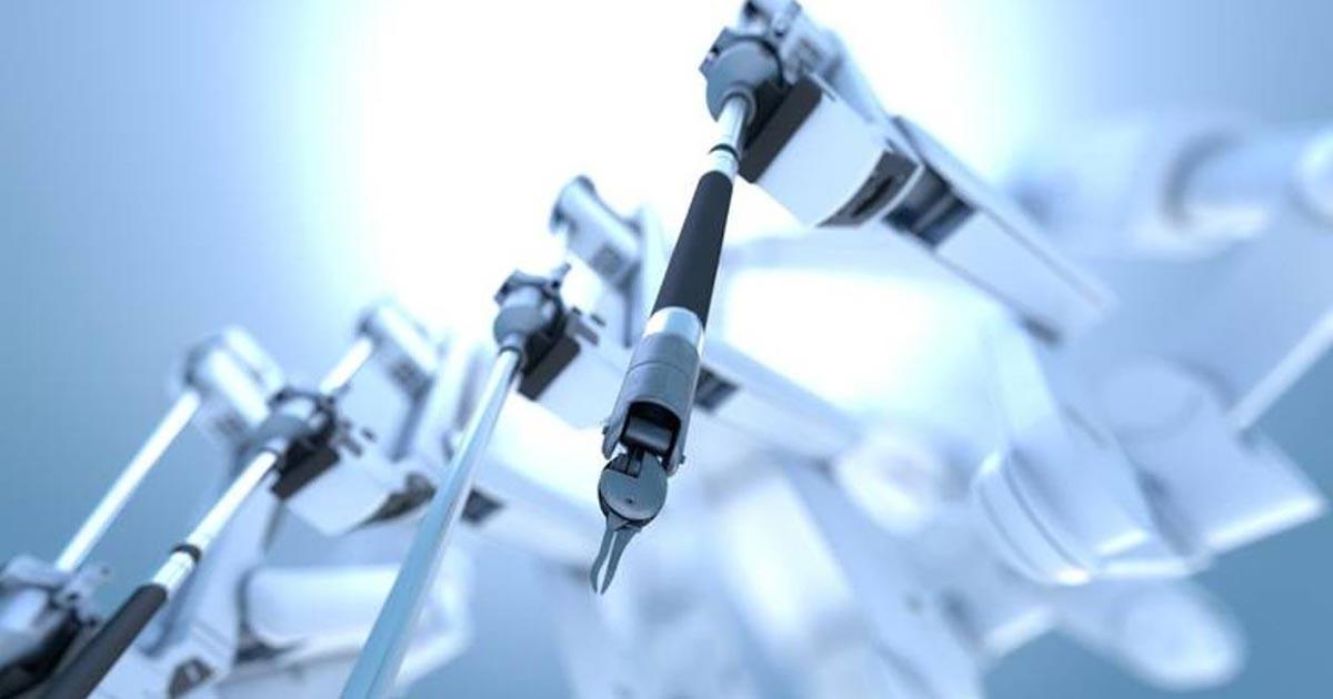 Sistemas quirúrgicos robotizados incorporados a la telemedicina