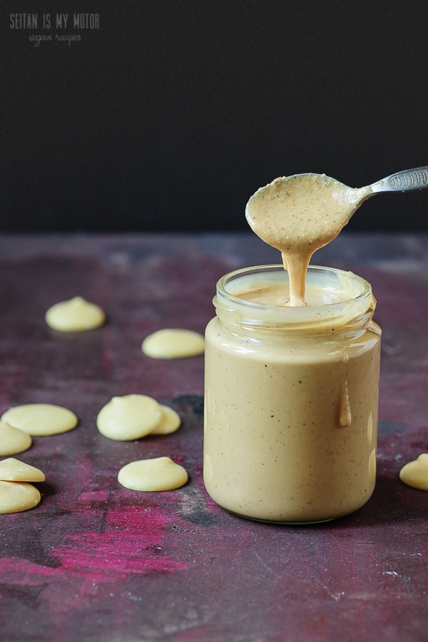 vegan white chocolate spread | seitanismymotor.com