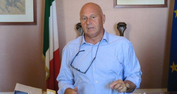 Antonio Battista riconfermato dalla coalizione di centrosinistra.