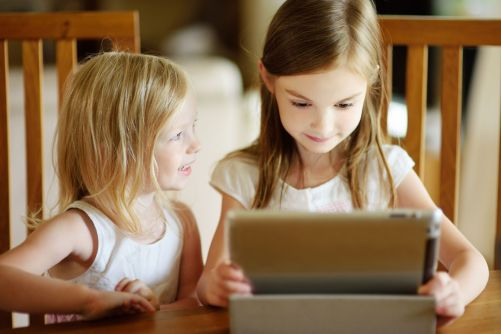 Parenting In The Digital Age l Kids and Technology l Effect of Technology on Child Development l Children and Technology l Positive Effect of Technology on Children