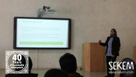 Thoraya Saeda gave an informative session on the Climate Change. The Project Manager of the Carbon Footprint Center (CFC) at Heliopolis University focused on how the carbon emissions are measured and how to reduce them.