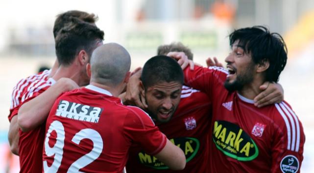 Sivasspor transferde hedef belirledi