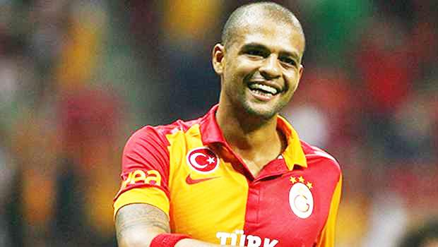 Galatasaray Felipe Melo'nun Yerini Dolduramıyor