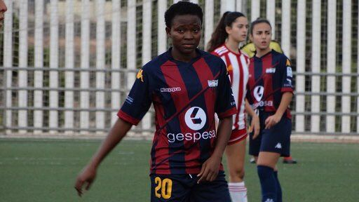 Hasmal Abroad: Lily Niber on Target for Extramudera